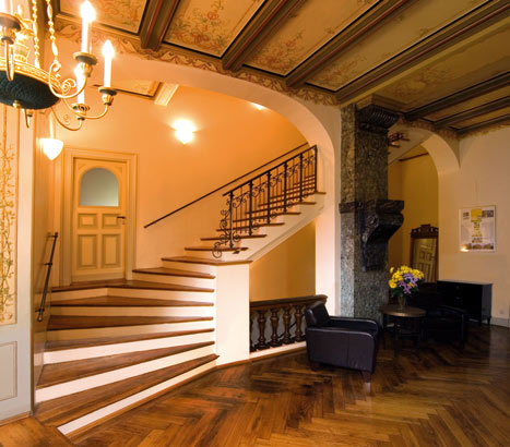 staircase to the guestrooms